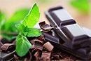 Темный шоколад гораздо эффективнее кофе