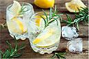 8 полезных свойств воды с лимоном