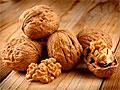 Грецике орехи снижают уровень холестерина в крови
