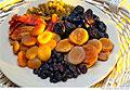 Сушеные фрукты оказались полезнее свежих