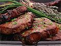 Чрезмерное употребление мяса и шоколада негативно влияет на психику человека