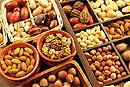 Превосходной профилактикой опухоли поджелудочной железы являются орехи