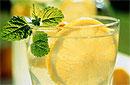Какие напитки очистят организм от вредных веществ