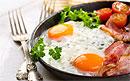 Правильный завтрак позволит быстро устранить симптомы похмелья